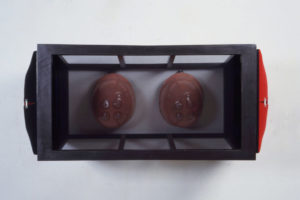 Gestremd, 1993, mixed media, 120x60x60cm