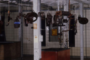 Smoked, 1993, mixed media installation, 400x300x300cm